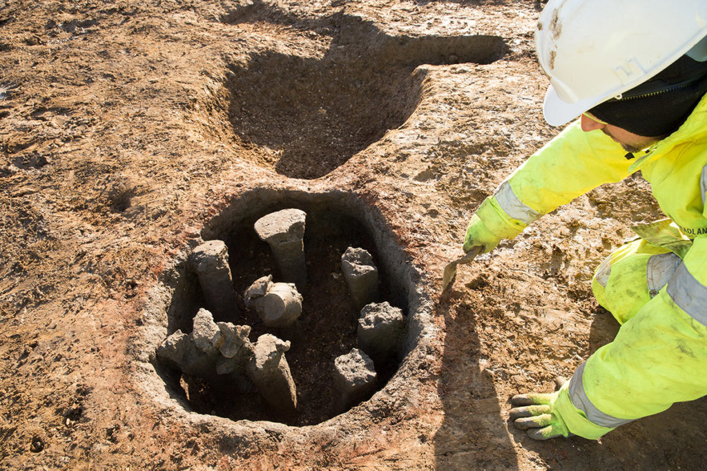 Roman kiln no.1 discovered in Cambridgeshire (c) A14C2H courtesy of MOLA Headland Infrastructure