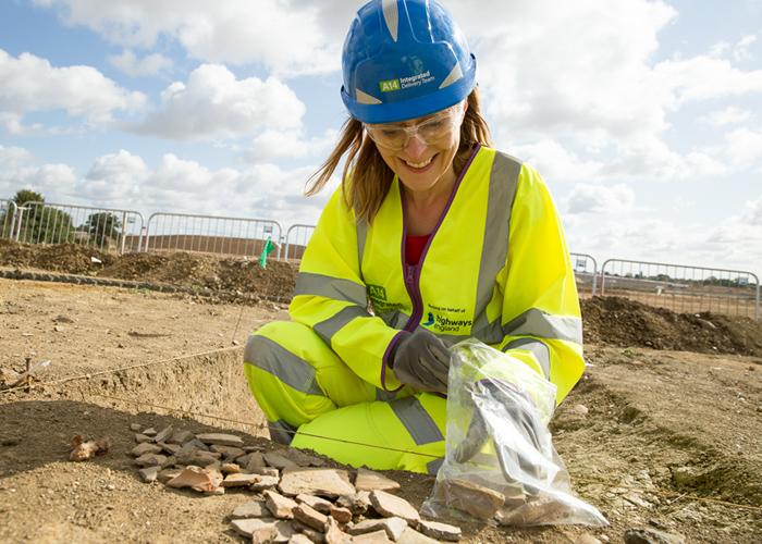 Debbie bagging finds, A14C2H community dig