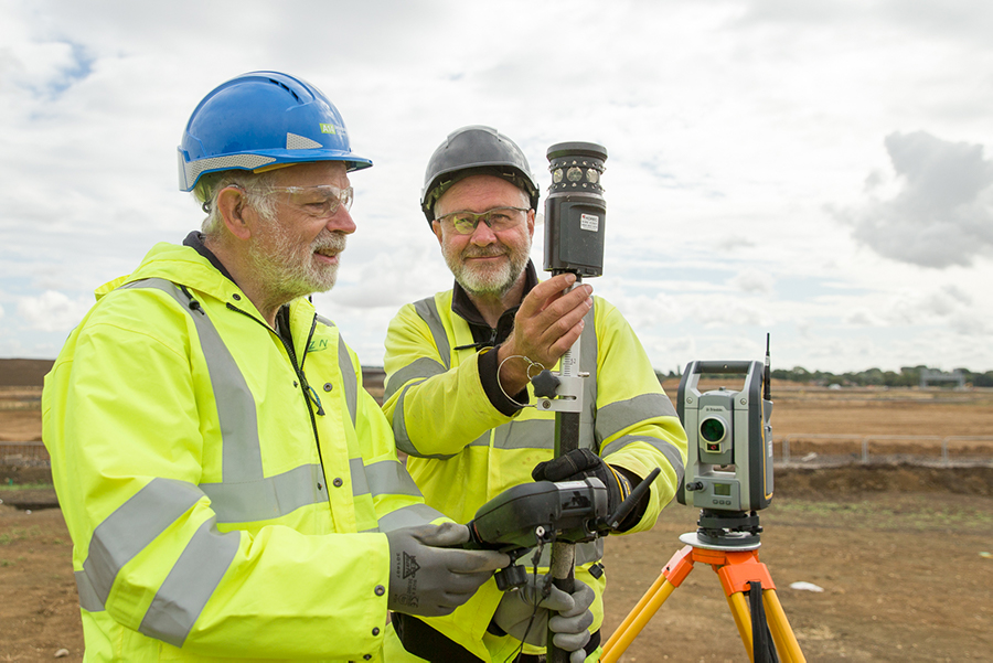 A14-COM-DIG-surveying-supervisor-Tom (c) Highways England, courtesy of MOLA Headland Infrastructure