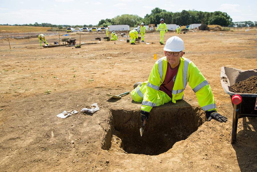 A14C2H Community Dig volunteer Donald (c) Highways England, courtesy of MOLA Headland Infrastructure