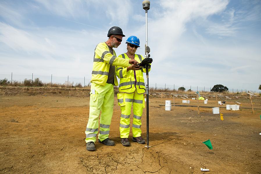 A14C2H Community Dig volunteer Leila (c) Highways England, courtesy of MOLA Headland Infrastructure