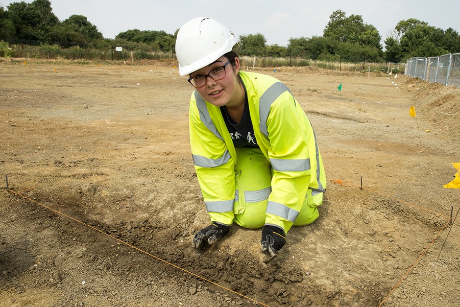 A14C2H Community Dig volunteer Katharine excavating (c) Highways England, courtesy of MOLA Headland Infrastructure