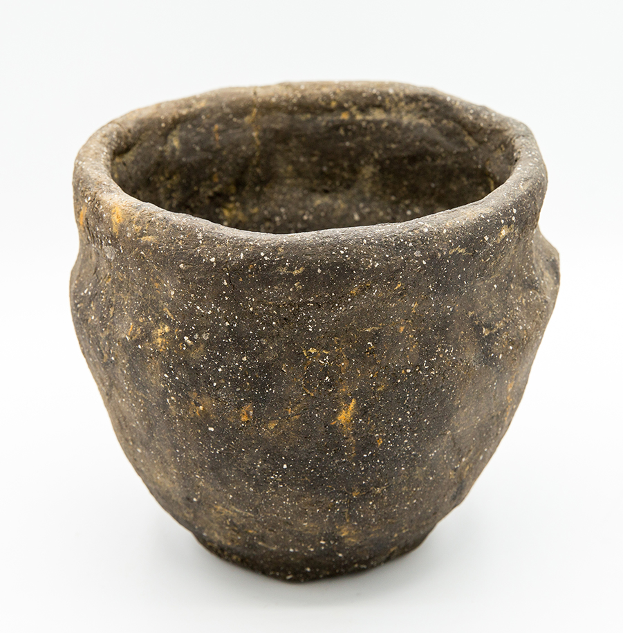 Iron Age coil-built bowl from near Fenstanton (c) Highways England courtesy of MOLA Headland Infrastructure