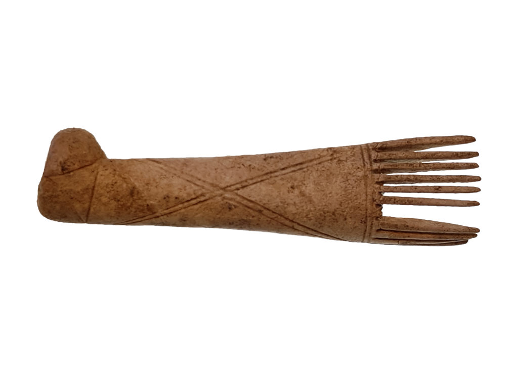 Iron Age bone comb (c) Highways England courtesy of MOLA Headland Infrastructure