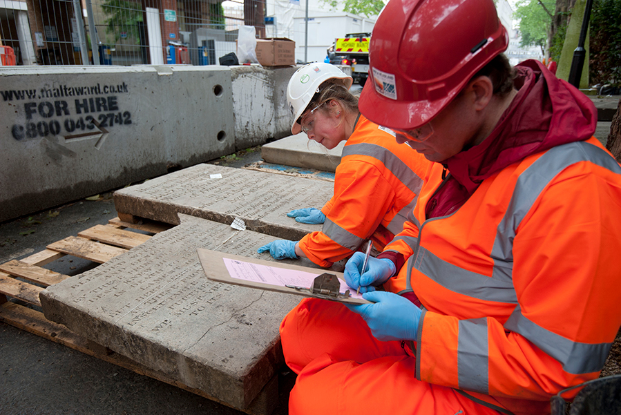 Volunteers work with archaeologists to record gravestones for HS2 (c) HS2 courtesy of MOLA Headland Infrastructure