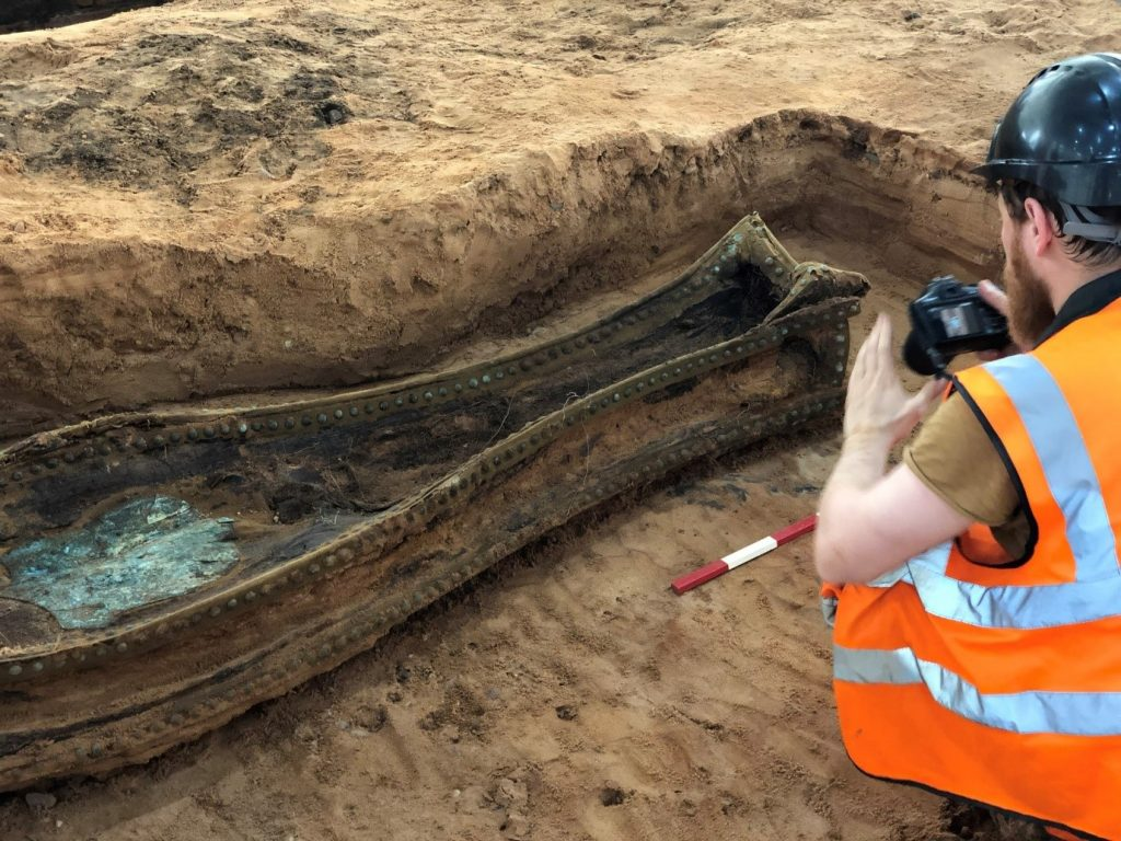 A fish-tail coffin being excavated at Park Street